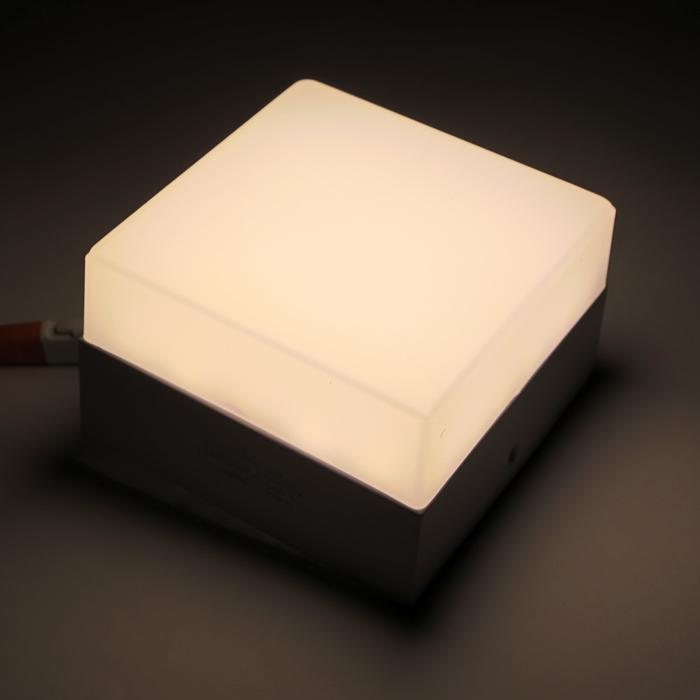 Накладной светодиодный светильник Luazon, квадратный, 90х90х55 мм, 6 Вт, 550 Лм, 4000 К