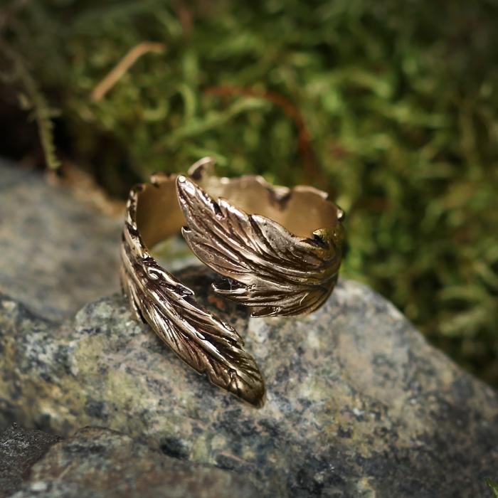 Перстень «Перо удачи», литой, латунь, D=17-21 мм