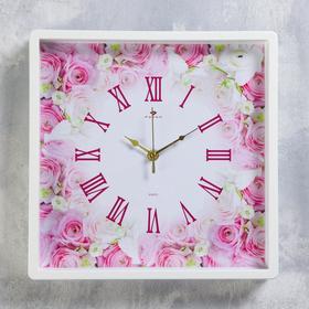 "Часы настенные квадратные ""Розы"", 30х30 см, обод белый"