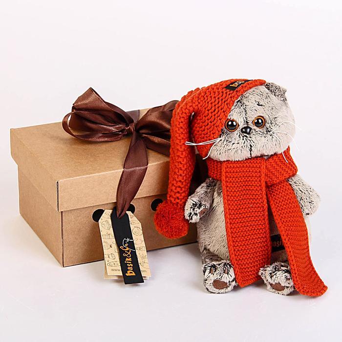 Мягкая игрушка «Басик», в вязаной шапке и шарфе, 19 см - фото 4467246