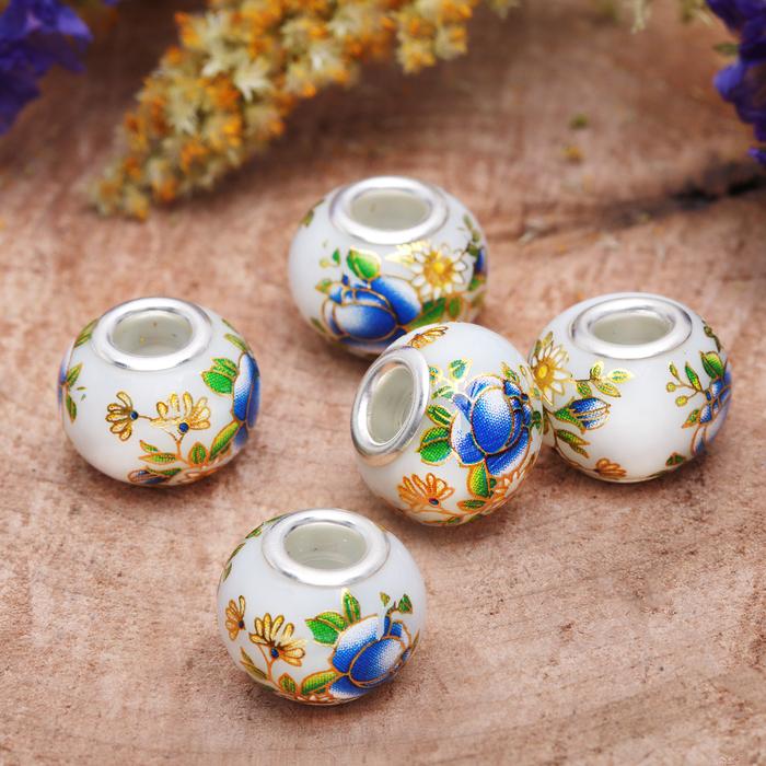 """Бусинка """"Тюльпан"""", цвет бело-голубой в серебре"""