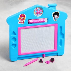 """Доска магнитная """"Домик со счетами"""" с чёрной крошкой, 3 печати и часы в комплекте, цвета МИКС"""
