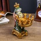 "Сувенир полистоун подсвечник ""Английский шарж Лягуха в короне"" 21,5х15х11 см"