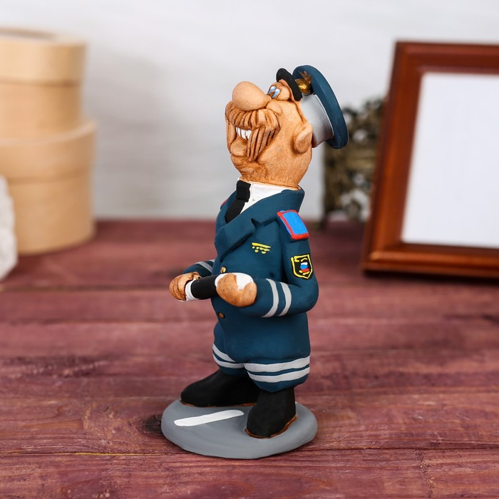 "Статуэтка ""Инспектор ГИБДД"", ручная работа - фото 370256978"