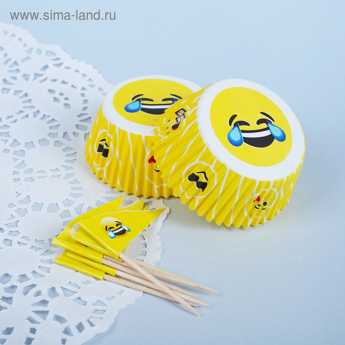 """Decoration for cupcakes """"Smile"""", a set of 24 molds, 24 skewers"""