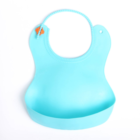 Нагрудник с карманом, силиконовый, цвет голубой