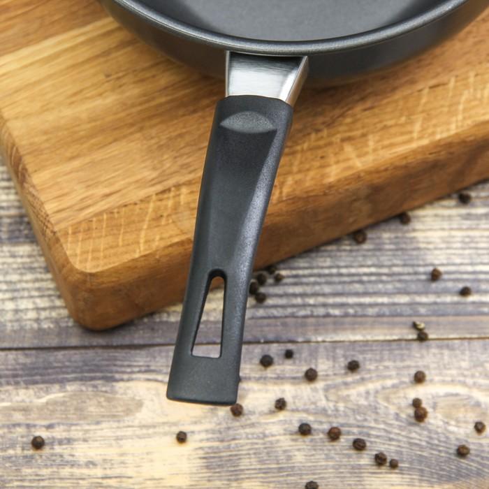 """Сковорода 18 см """"Гретта"""", антипригарное покрытие, бакелитовая ручка"""