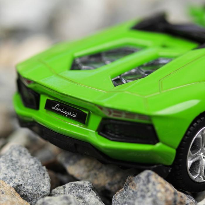Машина металлическая Lamborghini Aventador, масштаб 1:43, открываются двери, инерция, зеленая