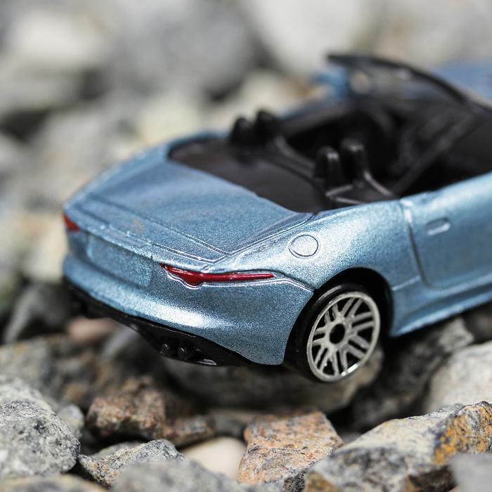 Машина металлическая Jaguar F-Type, масштаб 1:64, МИКС