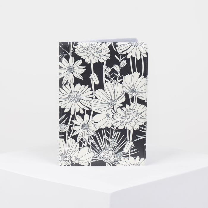 """Обложка для паспорта """"Белые цветы на чёрном"""", цвет белый/чёрный"""