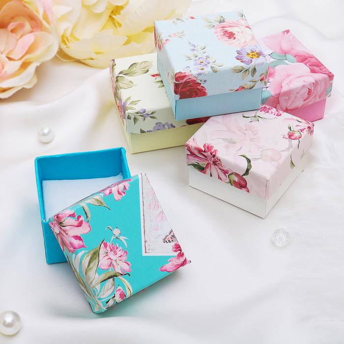 """Коробочка подарочная под кольцо """"Розы"""", 5*5, цвет МИКС, вставка белая"""