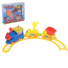 """Железная дорога """"Веселый поезд"""", работает от батареек, длина пути 116 см"""