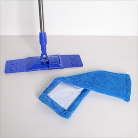 Швабра плоская Доляна «Ocean», телескопическая ручка 77-117 см, насадка микрофибра 40×10 см, цвет синий - фото 4647010