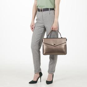 Сумка женская на молнии, отдел с перегородкой, наружный карман, длинный ремень, цвет бронзовый