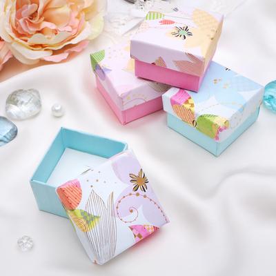 """Коробочка подарочная под кольцо """"Бабочка в тюльпанах"""", 5*5, цвет МИКС, вставка белая"""