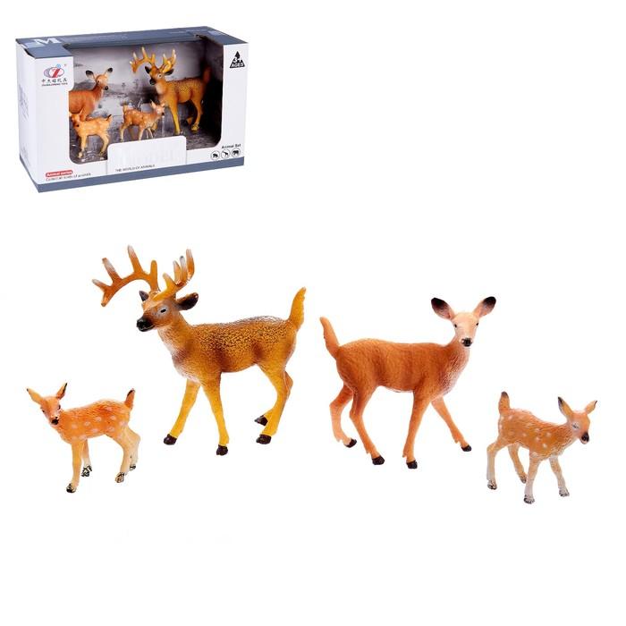 Набор животных «Семейство оленей», 4 фигурки
