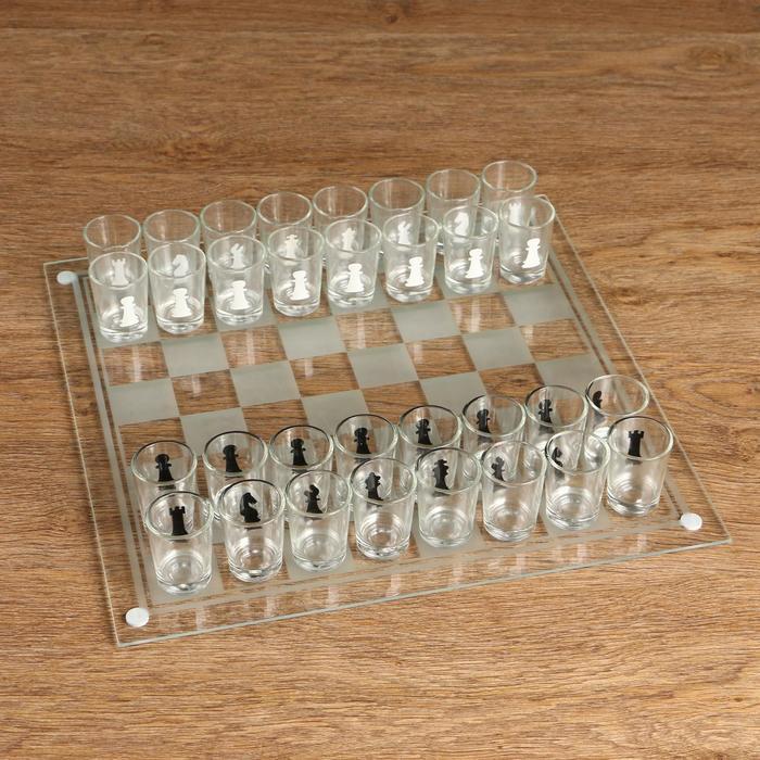 """Игра """"Пьяные шахматы"""", 32 рюмки, поле 35х35 см"""