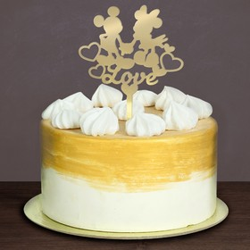 Topper in the cake