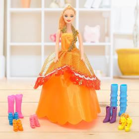 Кукла модель «Дженифер» с набором обуви, МИКС