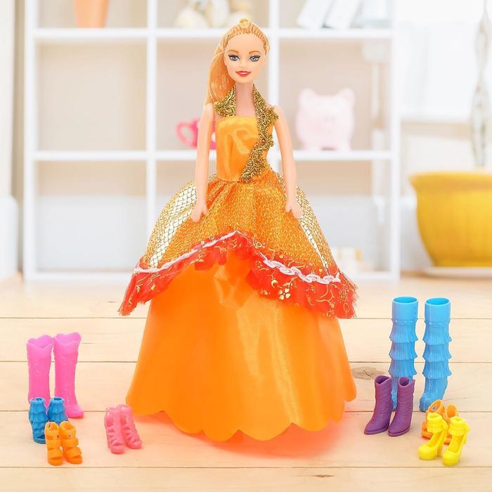 "Кукла модель ""Дженифер"" с набором обуви, МИКС"