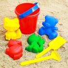 Набор для игры в песке №1: ведёрко, 4 формочки, грабельки, лопатка