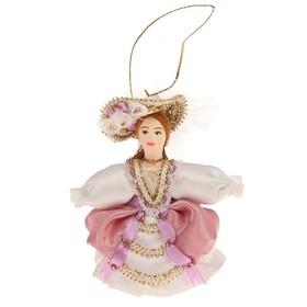 Сувенирная кукла 'Девушка в шляпке с пером' Ош