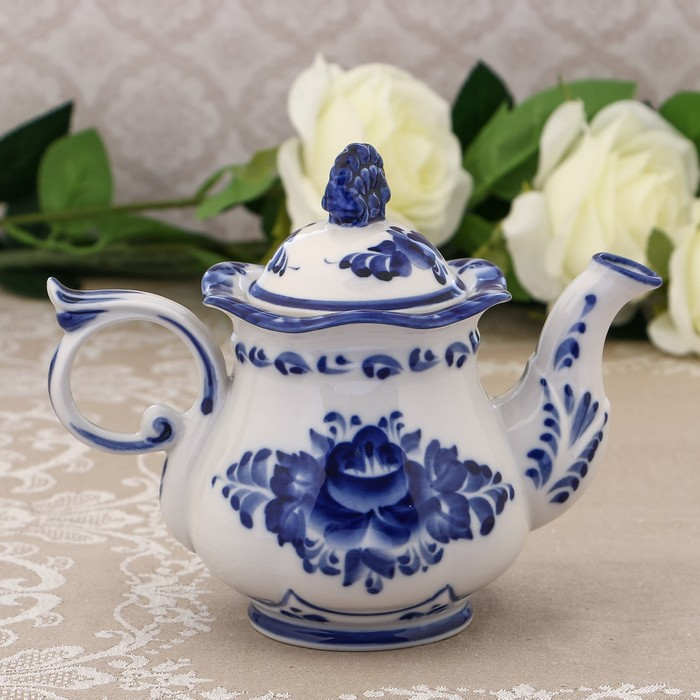 Чайник «Ожидание», H=14,5 см, гжель