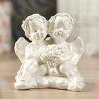 """Статуэтка """"Пара обнимающихся ангелов с букетом"""" малая, белая"""