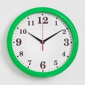 "Часы ""Классика"" настенные, арабские цифры, зелёный обод, 28х28 см"