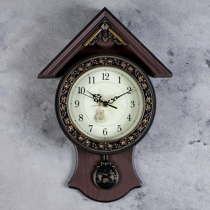 """Часы настенные на накладке """"Серия Элея. Домик"""" с маятником, коричневые, узорный циферблат"""