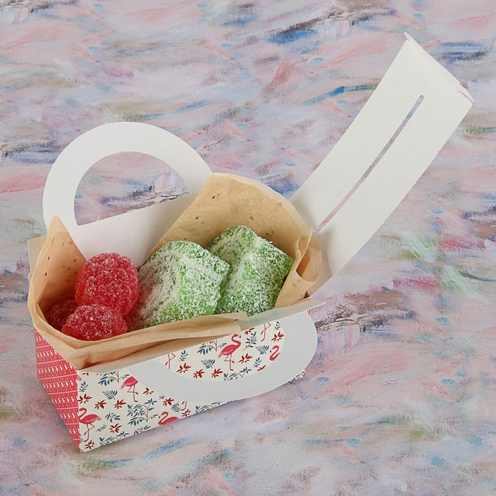 """Коробка для сладостей """"Розовый фламинго"""", 12 х 5.5 х 5.5 см - фото 308034750"""
