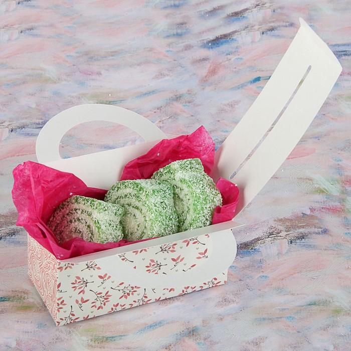 """Коробка для сладостей """"Веточки на белом"""", 12 х 5.5 х 5.5 см - фото 308034758"""