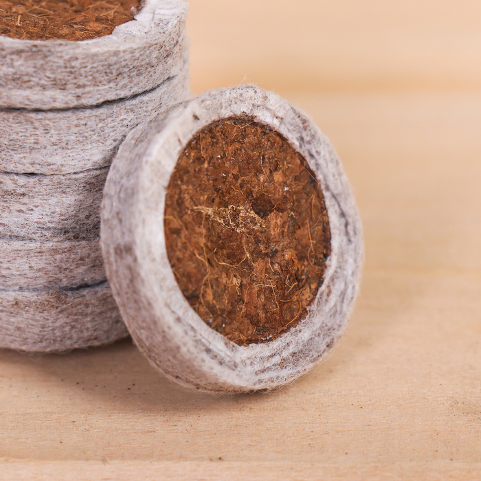 Таблетки кокосовые, в оболочке, d = 3,2 см, набор 6 шт.