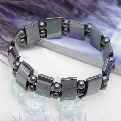 "Bracelet ""magnetic Hematite"" rectangle with balls"