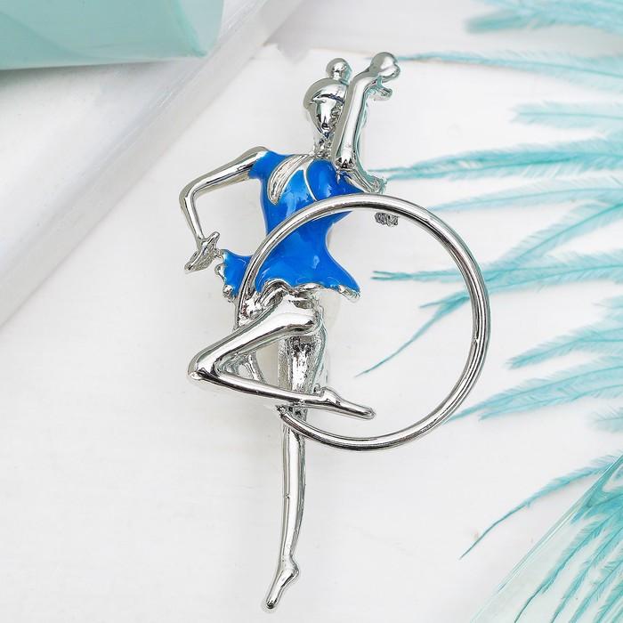 """Брошь """"Гимнастка"""" с обручем, цвет голубой в серебре"""