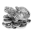 """Нэцкэ полистоун серебро """"Драконочерепаха с черепахой на монетах"""" 6х7,5х5,5 см"""