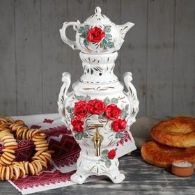 Electric samovar with teapot