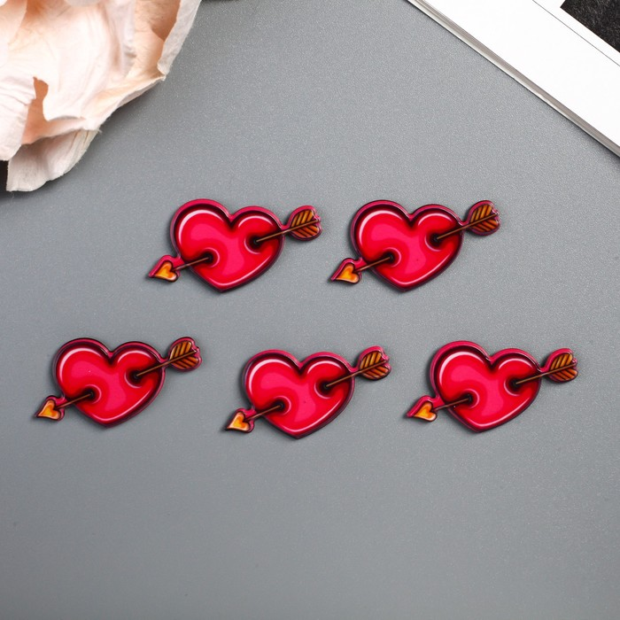 """Декор для творчества пластик """"Сердце со стрелой"""" набор 5 шт 1,5х3,1 см"""