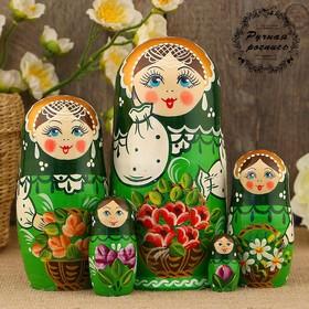 Матрёшка «Корзинка с цветами», зелёный платок, зелёное платье, 5 кукольная, 17 см