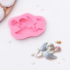 """Silicone mold of 9.3×6cm """"angel with bouquet"""""""