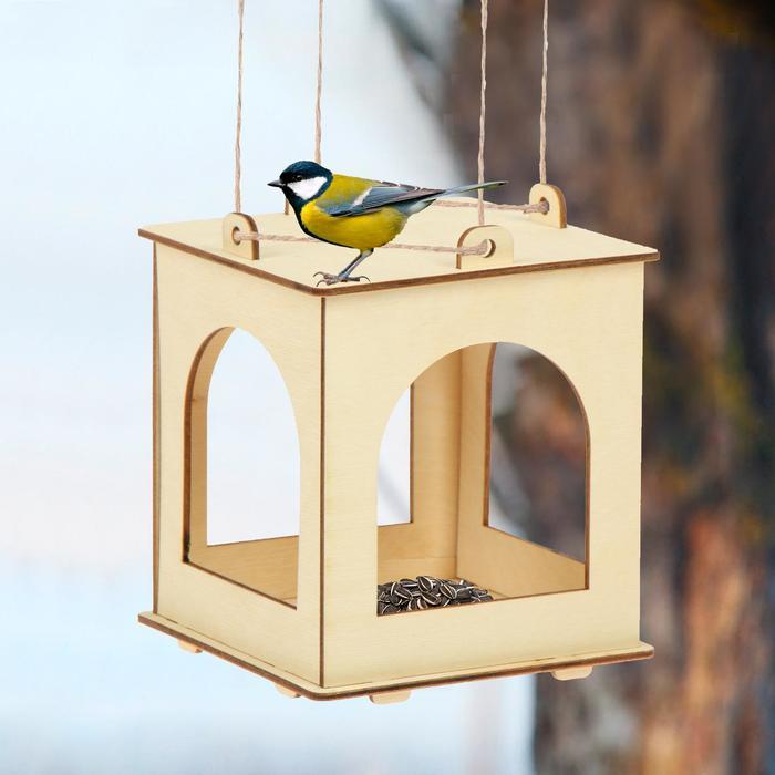 Кормушка для птиц, 13 × 13 × 15,5 см