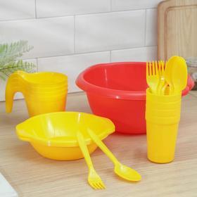 """Набор посуды """"Праздничный"""": 4 стакана, 4 кружки, 4 тарелки, миска 3,5 л, 4 вилки, 4 ложки"""