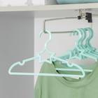 Вешалка-плечики для одежды детская «Звезда», размер 30-34, цвет МИКС