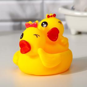 Набор для ванной «Озорные уточки»: мыльница, игрушка 1 шт. р-р: 16см