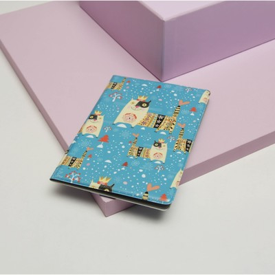 """Passport cover with printed """"cat-king"""""""