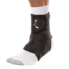Бандаж на голеностоп (черный) MUELLER 46644 THE ONE ANKLE BRACE XL