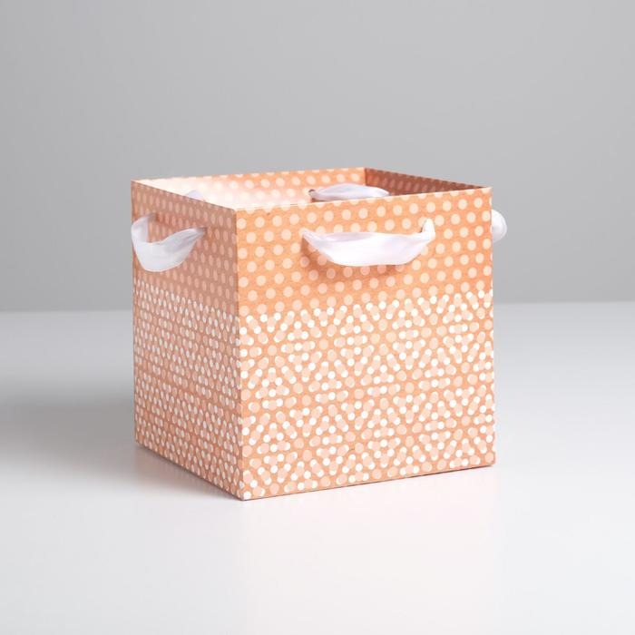 Пакет–коробка с лентами «Крафт в горошек»,19 х 19 х 19 см