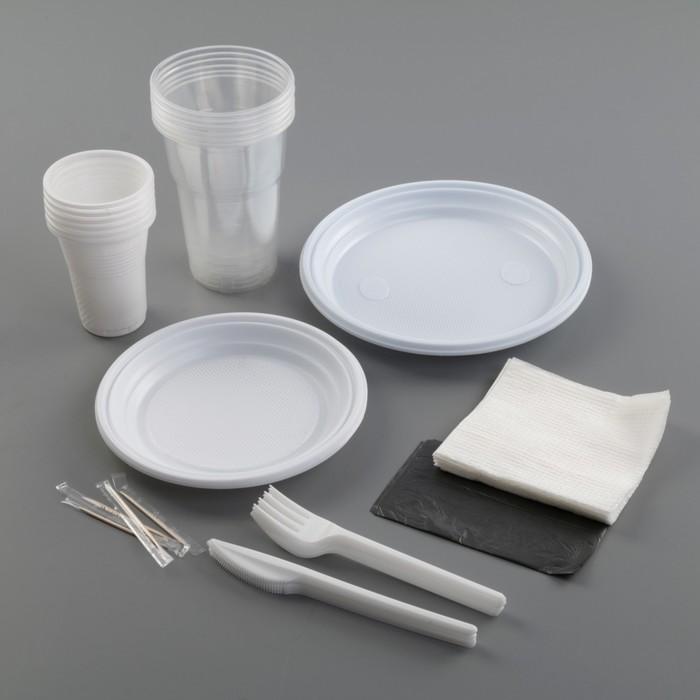 Набор для пикника «Шашлычный №2», 6 персон, цвет белый/чёрный