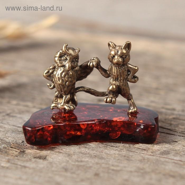"""Сувенир из латуни и янтаря """"Сова с котом"""""""