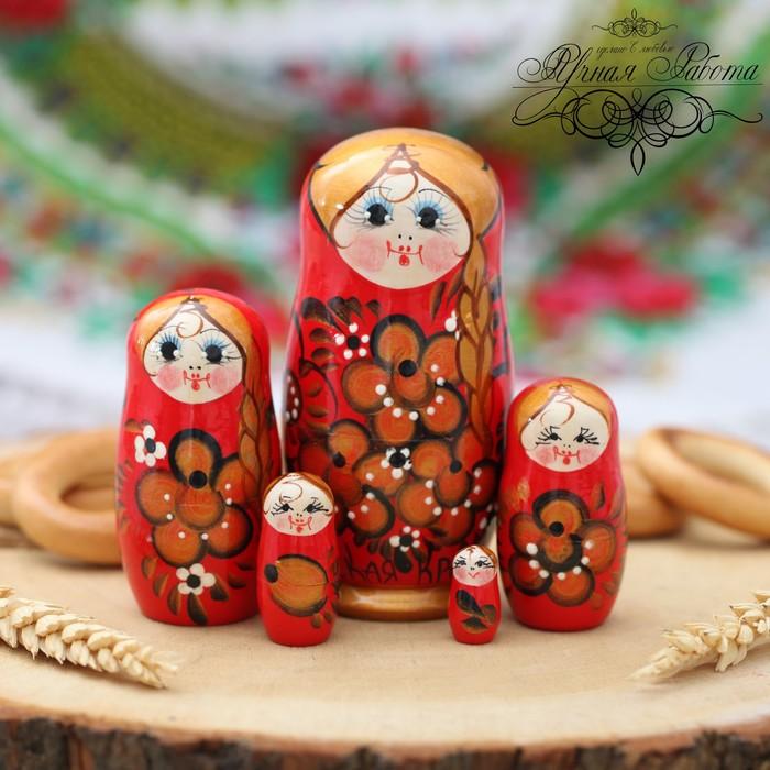 Матрёшка 5-ти кукольная «Русская краса», красное с золотом, 11 см